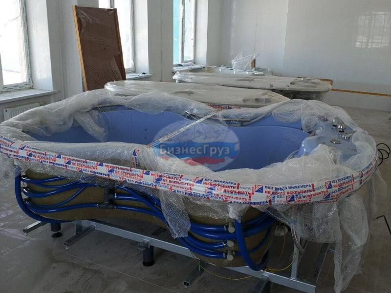Такелажные работы по разгрузке массажных ванн в Ставрополе