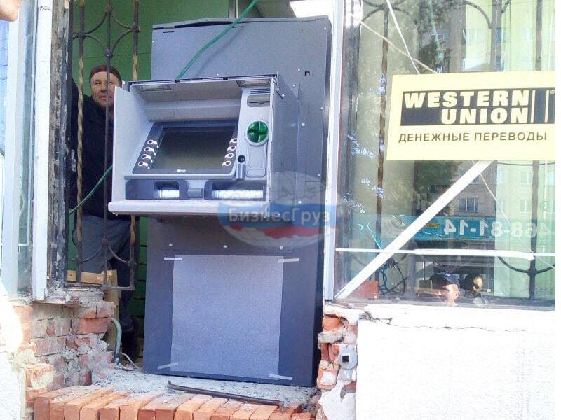 Транспортировка и монтаж межстенного банкомата